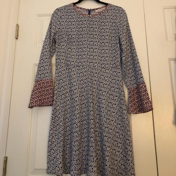 LOFT Dresses & Skirts - Ann Taylor Loft swing dress